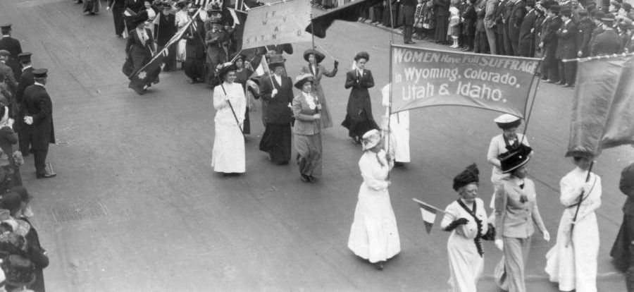 womens-suffrage-signs